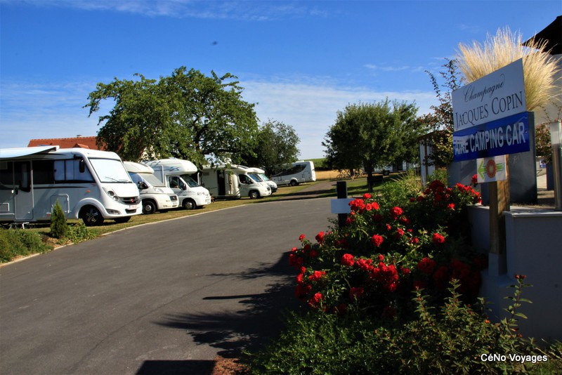 Accueillant CCH camping-car à Épernay - Marne (51)